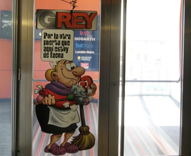 grey_entrada