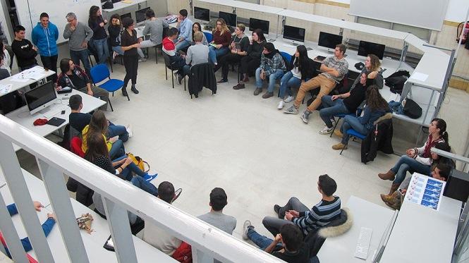 Preparando las actividades alumnos italinanos (Padre Monti) y españoles (Salesianos Atocha)