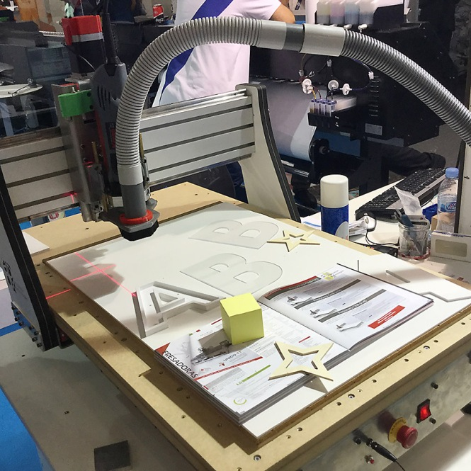 máquina fresado troquelado y corte, cprint 2016