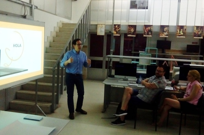 Defensa proyecto final de curso 2016-2017, Víctor Izquierdo, Máster DB Diseño y Dirección de Arte, Departamento de artes gráficas salesianos atocha