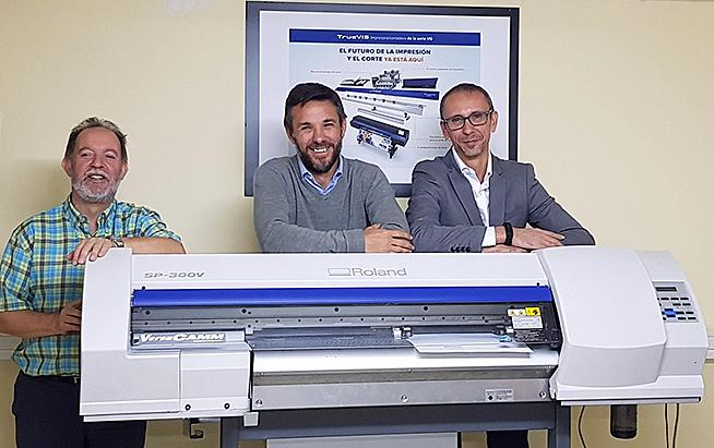 M2M, Roland, Departemento Artes Gráficas Salesianos Atocha, Impresión Digital, Roland Versacamm, Impresión y corte