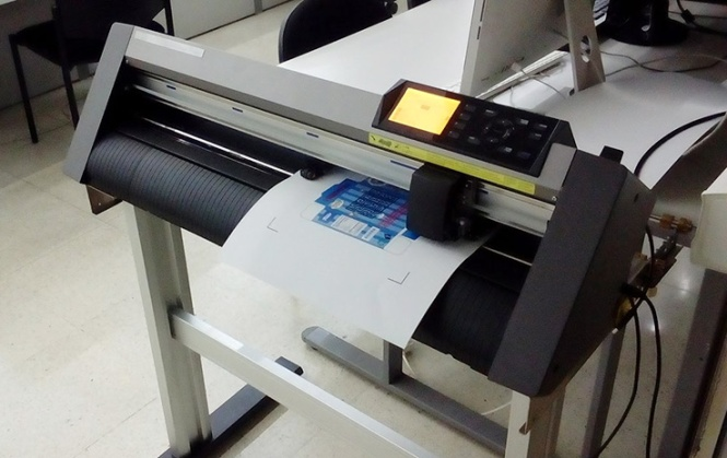 artes gráficas salesianos atocha, graphtech c6000, plotter corte, packaging