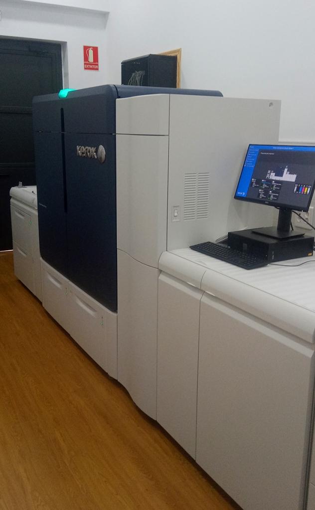 Xerox Iridesse instalada en el  Departamento de Artes Gráficas de Salesianos Atocha en Madrid 2020 Toner CMYK Plus: colores especiales Silver, Gold, White y Clear